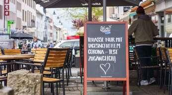 Die ersten Gaststätten in Baden-Württemberg haben wieder geöffnet. (Symbolbild)