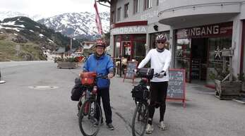 Rolf Hoffmann (links) und Robert Haas auf dem Arlberg.