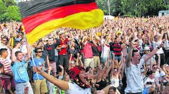 Das Mitfiebern im Acherner Stadtgarten fällt bei der Fußball-Europameisterschaft in diesem Jahr flach. Kann dennoch echte Fußballstimmung aufkommen?