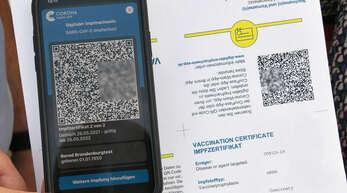 Die Impfzentren der Ortenau werden ab Montag, 14. Juni, den Zweitgeimpften den QR-Code für den digitalen Impfpass gleich mitgeben.