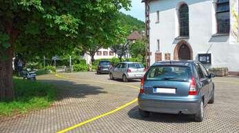 Die Umleitung des Verkehrs über den Kirchplatz verlief am Samstag ziemlich reibungslos. Die meisten Autofahrer hatten die Baustelle in der Vorstadtstraße mit ihrer Vollsperrung für Fahrzeuge über 3,5 Tonnen wohl gemieden.