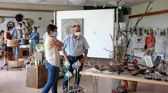 Die Kastelberghalle in Ringelbach bot 17 Künstlern eine Ausstellungsfläche.