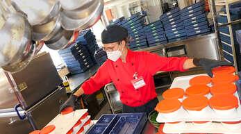 Katrin Lämmerzahl hat als Großküchen-Leiterin in Schiltach den Überblick über rund 300 Essen täglich.