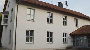 Der in der ehemaligen Grundschule im Erdgeschoss geplante neue Kindergarten wird künftig ebenfalls in Trägerschaft der katholischen Kirchengemeinde betrieben.