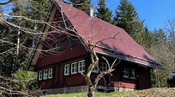 """Der Alpenverein Offenburg zog Bilanz.Die einzige von ehemals drei Hütten des Alpenvereins, das """"Sandkästle""""."""