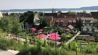 Ein Highlight: die Menzinger Gärten, eine grüne Oase in Überlingen mit Blick auf den Bodensee.