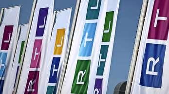 Die Werbefähnchen von RTL flattern mit vielen neuen Farben – aber dabei alleine soll es nicht bleiben.