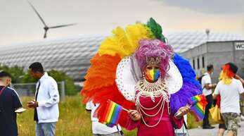 Regenbogenfarben beim deutschen EM-Spiel gegen Ungarn in München