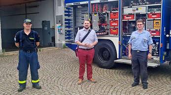 FDP-Kandidat zu Besuch beim THW Offenburg (von links): Philip Lerch (Zugführer THW Offenburg), Martin Gassner-Herz und Carsten Busam (Ortsbeauftragter Offenburg).