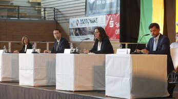 Die Kandidaten bei ihrer Vorstellung. Inzwischen hat sich das Feld ein wenig gelichtet - von links: Daniela Bühler, Marco Gutmann, Simone Lenenbach, Andreas Heck.