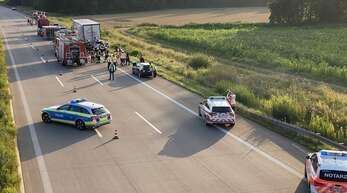 Ein Autofahrer ist am Sonntagmorgen auf der A5 bei Ottersweier tödlich verunglückt.