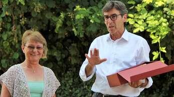 Renchens Bürgermeister Bernd Siefermann verabschiedete Vera Ronberg.