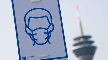 In vielen Bereichen gilt immer noch eine Maskenpflicht.