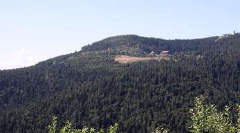 Ein möglicher Standort für das Sasbacher Windrad könnte der Westhang der Hornisgrinde etwa auf Höhe des Mummelsees unterhalb der B 500 sein.