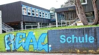 208 Lobe und Preise verteilte die Realschule im Schuljahr 2020/21 an die Klassen 5 bis 9.