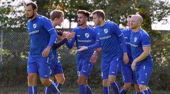 Wollen mit dem SV Renchen wieder ganz oben angreifen: Fabian Schoch, Frank Lübeke, Bünyamin Günyakti, Marc Nigey, Albert Ostertag, Raphael Panter (v. l.).