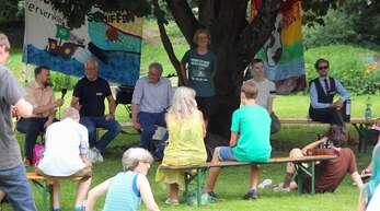 """Unter dem Moto """"Weekend for Future- Demonstrieren Tag und Nacht"""" machten Jugendliche und junge Erwachsene der """"Fridays for Future""""-Bewegung am vergangenen Wochenende mit einem Klimacamp erneut auf die Klimakrise aufmerksam."""