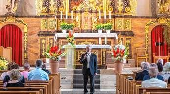 Pfarrer Helmut Steidel bedankte sich auch in Mühlenbach bei seinem letzten Abschiedsgottesdienst in der Seelsorgeeinheit für die gute Zusammenarbeit in all den Jahren.