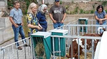 Politikerbesuch in Mühlenbach (von links): Klaus Prinzbach, Bürgermeisterin Helga Wössner,Heike Dorow sowie Michael und Annette Müller.