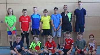 Elf Teilnehmer zwischen sechs und zwölf Jahren zeigten Interesse am Ferienprogramm-Angebot Tischtennis.