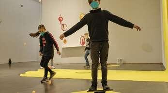 """In der Ausstellung """"Play"""" erklärt die Staatsgalerie Stuttgart den Parcours zum """"offenen Spielfeld""""."""