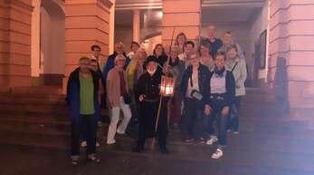 Die Frauengemeinschaft Rammersweier ließ sich von Nachtwächter Bemm Steiner durch die Gengenbacher Altstadt führen.