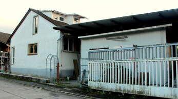 Der Urloffener Meerrettichbetrieb in der Waldstraße soll saniert werden; betroffen sind mehrere Gebäude.