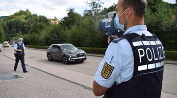 Die Sicherheit stellte die Polizei kreisweit am Freitag in den Mittelpunkt. In Ottenhöfen fand im Rahmen des Sicherheitstags eine Geschwindigkeitskontrolle statt.