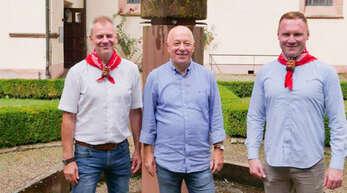 Gastgeber und Gäste: von links Thomas Rautenberg, Leiter Narrenmuseum, Clemens Fuchs, Vorsitzender der alemannischen Larvenfreunde und Michael Armbruster, Zunftmeister der Narrenzunft Gengenbach.