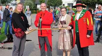 Ein Hauch von Fasent umwehte die Einweihung des Lautenbacher Teufelssteigs mit Gunia Wassmer, Thomas Krechtler, Katharina Bruder und Jens Wiedemer (von links).