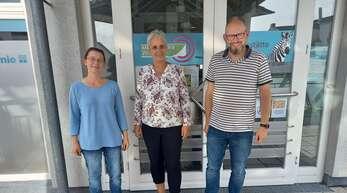 """Martina Weiß (v.l.), Marion Deiß-Meinhardt und Martin Moldenhauer sind Mitarbeiter von """"Zebra""""."""