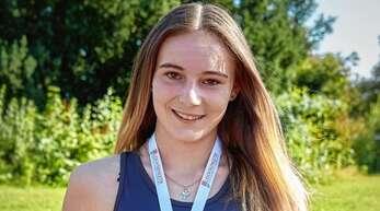 Katharina Flaig, hier nach ihrem Sieg bei den baden-württembergischen Meisterschaften der U20, hat sich in diesem Jahr von 5,61 auf 5,85 m gesteigert.