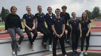 Die Teilnehmer der Sprint-Hürden-Trainingsgruppe der LGO (v. l.): Marie Baars, Nicole Jansen, Anne Kling, Carla Zimmermann, Alexander Schnurr, Daniel Weith, Isabel Hogenmüller und Iris Bergen.