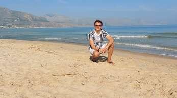 Liebes OT-Team, Schöne Urlaubsgrüße aus Alcamo Marina in Sizilien sendet Franco Patti aus Offenburg an alle Daheimgebliebenen. Ganz besondere Grüße gehen nach Zell-Weierbach!