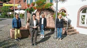 Landesjustizministerin zu Gast in Mühlenbach (von links): Evmarie Buick, Marion Gentges (CDU), Margareta Brucker-Prinzbach, Bürgermeisterin Helga Wössner