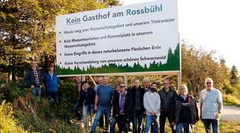 In Maisach hat sich eine Bürgerinitiative gegründet. Sie fordert, am Rossbühl auf eine Bebauung zu verzichten, um Trinkwasserquellen zu schützen.