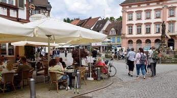 Schön zu sehen: Die Besucher der Gastronomie möchten ihre Räder in Sichtweite haben. Deshalb will die Stadt Gengenbach Fahrradbügel anschaffen.