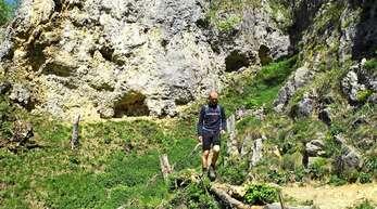 Philipp Sauer auf Tour: Kaum irgendwo hat die Schwäbische Alb einen alpineren Charakter als in den Kesselwänden im Oberen Lenninger Tal.