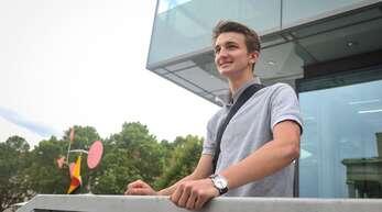 Bruno Wagenblast (18) aus Stuttgart-Heslach zieht eine gemischte Bilanz der Kanzlerschaft Angela Merkels.