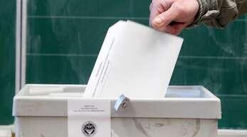 Bereits nach der Auszählung der ersten Stimmen stand fest: Es war ein knappes Rennen um den Sieg in der Bundestagswahl 2021.