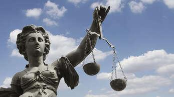 Die Aussagen der überholten Autofahrerin genügten dem Gericht nicht für eine Verurteilung des Angeklagten.