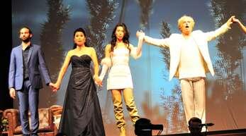 """Sie setzten """"Simplicissimus 21"""" in Szene (von links): Florentin Poullain, Joanna Choi, Sumi Maria, Niclas Oettermann und Tänzerin Cassandre Bordet."""