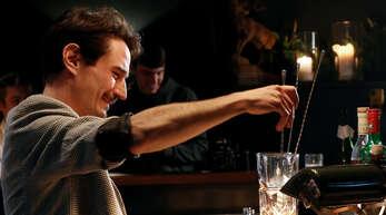 """Bartender und Bartenderinnen haben beim fünften """"Black Forest Bar Cup"""" in Haus Zauberflöte ihre vom Schwarzwald inspirierten Cocktails präsentiert."""