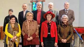 17 Jubelkonfirmanden feierten in Kirnbach mit Prädikantin Marlies Willis die goldene ...