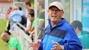 Trainer Wolfgang Zemitzsch hat es beim FV Bodersweier derzeit nicht leicht.