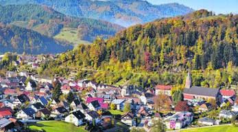 In Oppenau liegt ein Antrag der UWO-Fraktion zur Abschaffung der Unechten Teilortswahl vor. Die CDU hat vorgeschlagen, Maisach und Lierbach einen Gemeinderatssitz zu garantieren.