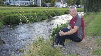 Markus Haaga wohnt selbst nur wenige Meter von der meist sanft plätschernden Kinzig entfernt. Er weiß allerdings auch, was es heißt, wenn das Hochwasser kommt.