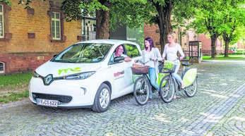 Oberkirch hat einen Zuschussantrag für den Bau einer Mobilitätsstation gestellt. Das große Modell wie hier in Offenburg beinhaltet Leihfahrräder und Carsharing.