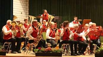 Die Musikkapelle Zell-Weierbach brachte bekannte Märsche aber auch mystische Klänge und liebliche Melodien auf die Bühne.