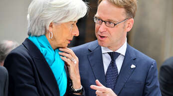Christine Lagarde, Präsidentin der Europäischen Zentralbank (EZB), und Jens Weidmann, scheidender Präsident der Deutschen Bundesbank.
